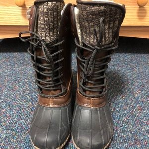 Women's Brown Lace Up Snow Boot